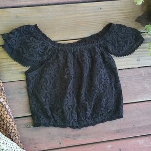 Abercrombie and Fitch black crop lace top BNWT